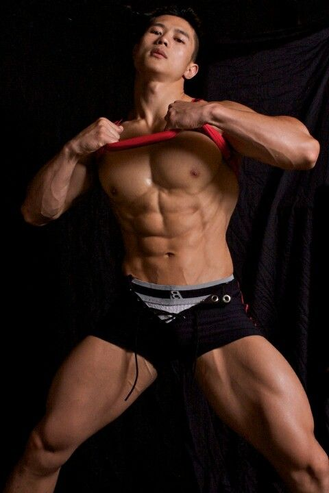 muscle gay asian Bodybuilder