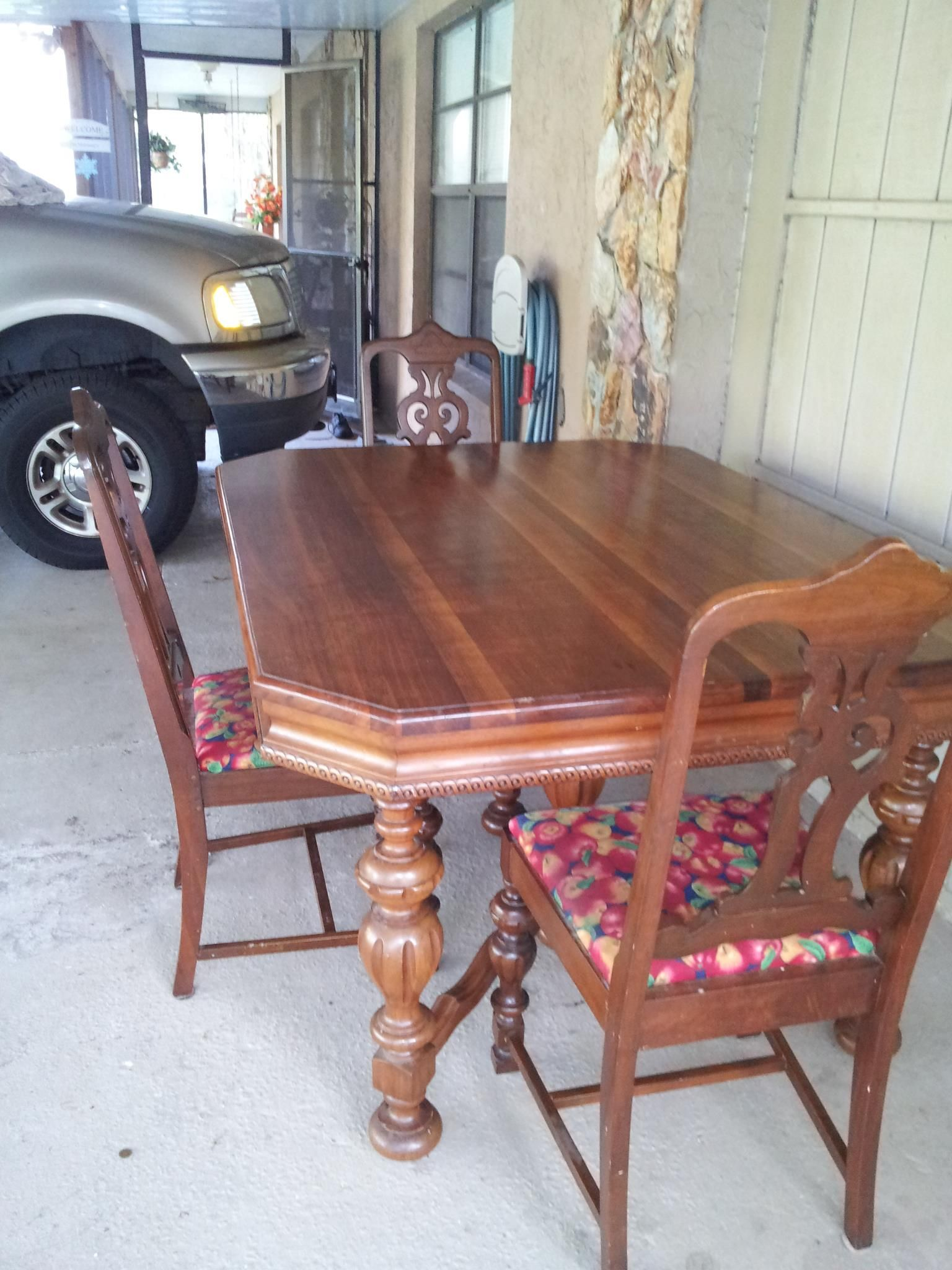 Antique Dining Table In Maloneys Garage Sale Plant City FL For 10000 Solid