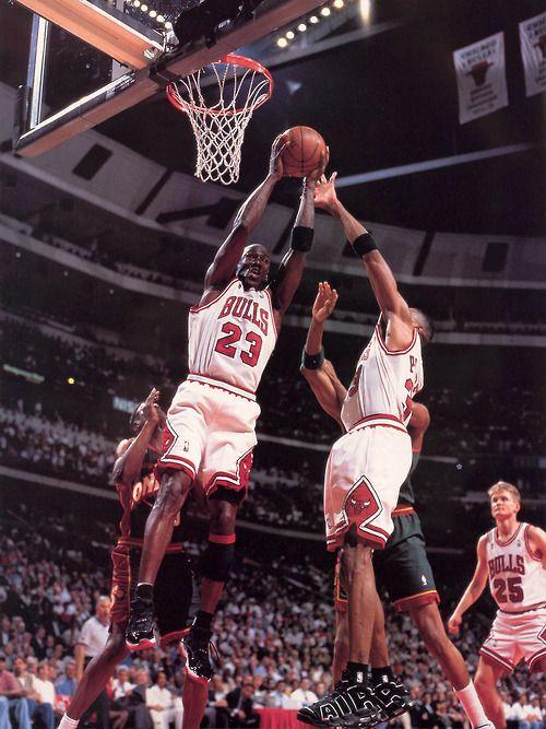 641bf72b988 onlythebestnba: 1995-96 Finals Michael Jordan Goes For Rebound ...