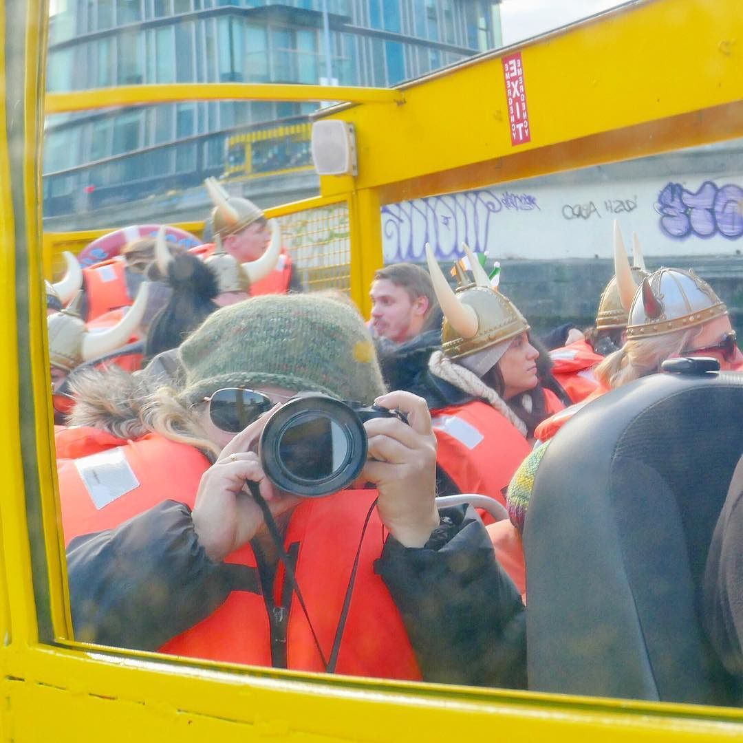 Despite our utterly awful experience w/ @aerlingus we had a wonderful #trip to #Ireland last week and this fantastic Viking duck boat tour was one of our favorite activities! The driver was so funny! My Viking hat fell off right as I snapped this selfie but it's still such a great memory and will make me smile for a good long time!  Well done @vikingsplash!