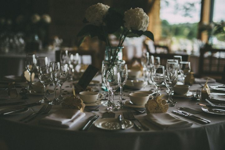 Wedding tablescape | fabmood.com #wedding #tablescape