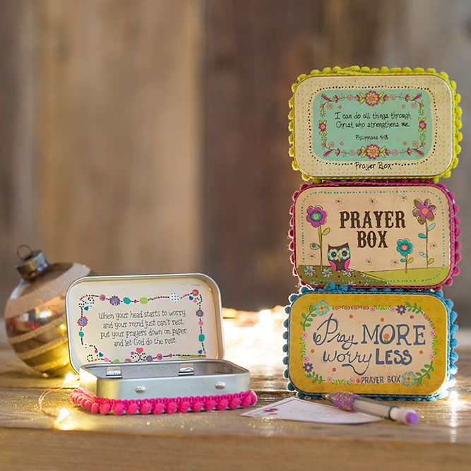 Keep all of your prayers, hopes and wishes in one place. Our prayer boxes are a perfect gift for a family member or friend who could use a bit of encouragement! #wishhappy #naturallife