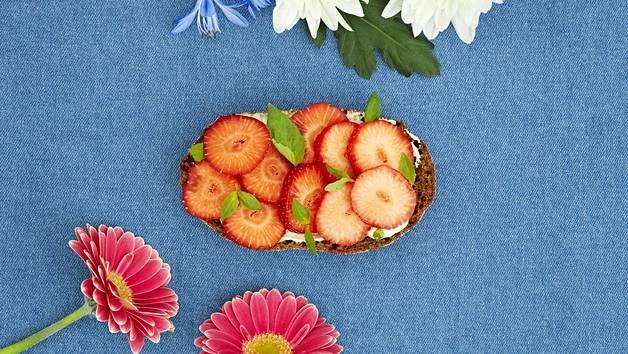 [Mainos Fazer] Tämä leipä toimii myös makeannälkään – yhdistä kaksi yllättävää suosikkimakua - Puikulareseptit - Ilta-Sanomat
