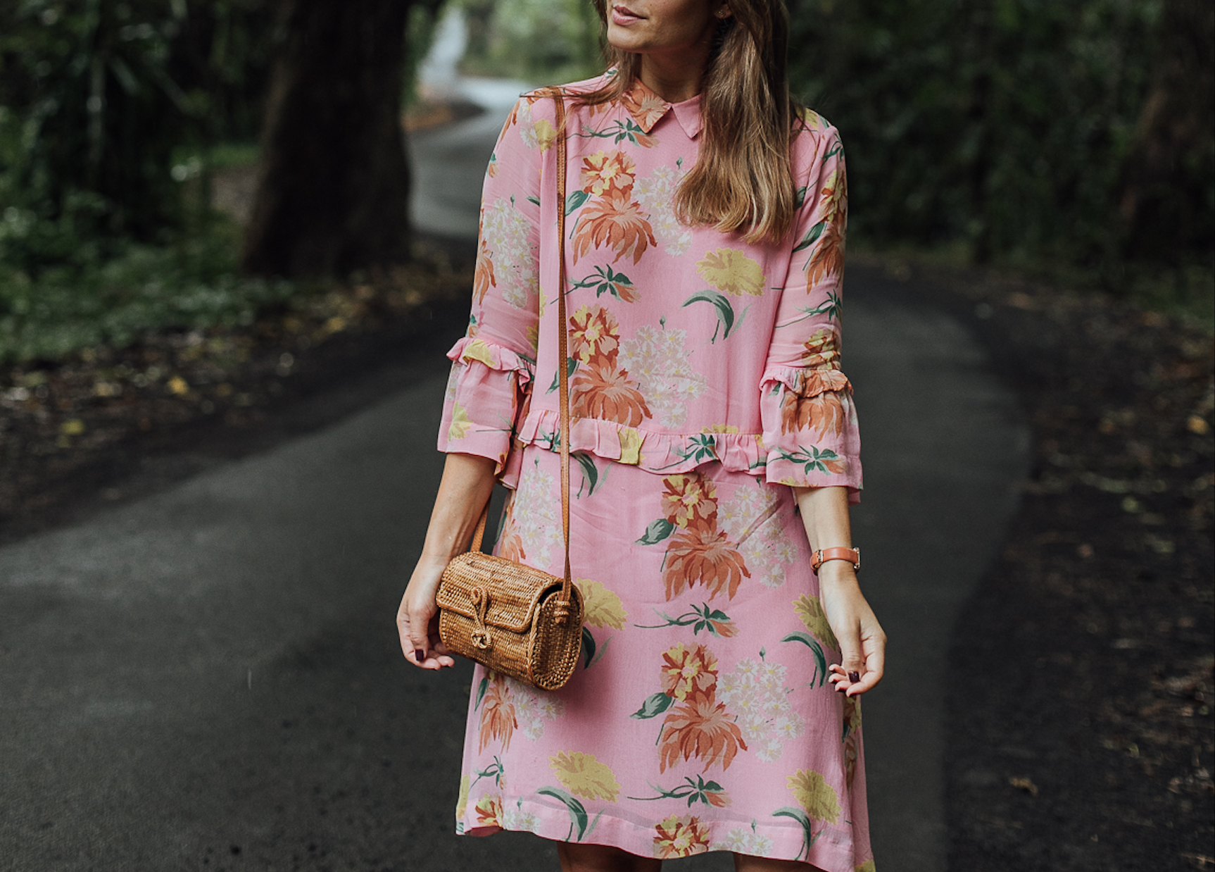 Hawaii Outfit mit Ganni Blumenkleid - Josie Loves