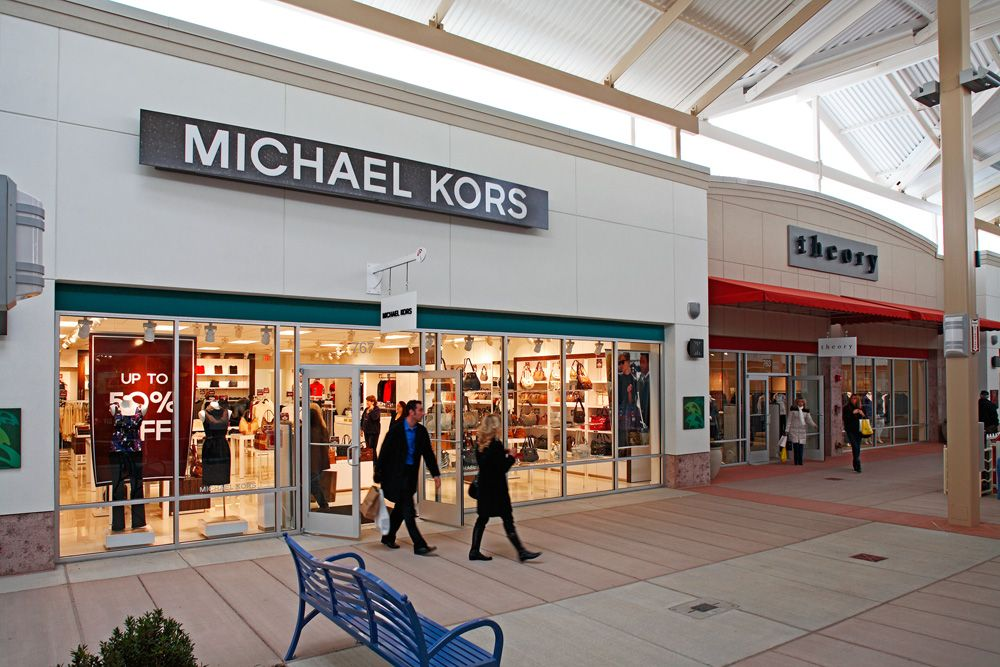 Outlet New Jersey >> Only 15 Minutes Away The Jersey Shore Premium Outlets Have