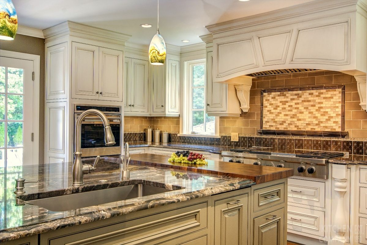 Luxury Warm Traditional Kitchen Cabinetry Crystal Cabinets With Custom Paint With Pewter Glaze Kitchen Remodel Design Luxury Kitchen Neutral Kitchen Designs