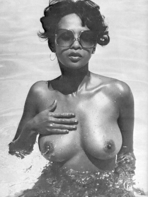 Thomas xxx desiree west nude pic