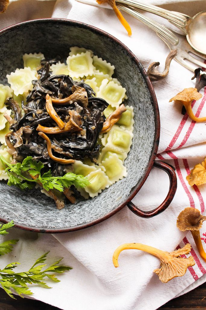 Ravioles aux champignons des bois, par Aime & Mange.