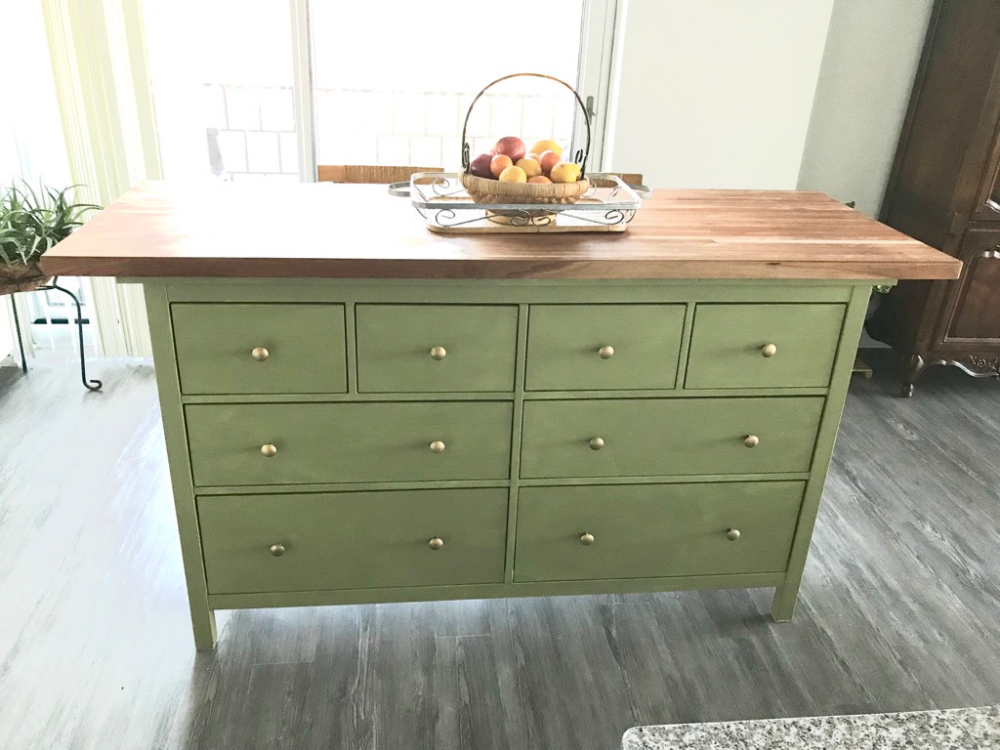 Rustic kitchen island: This is how I hacked HEMNES