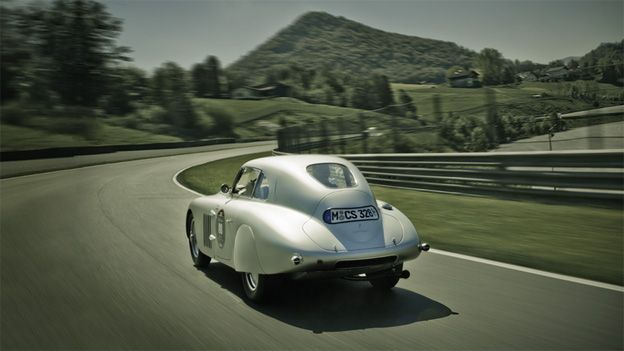 Damals ein Auto, heute Kult, Kunst, unbezahlbar.
