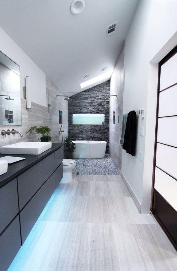 Idées déco pour une salle de bain moderne et contemporaine House