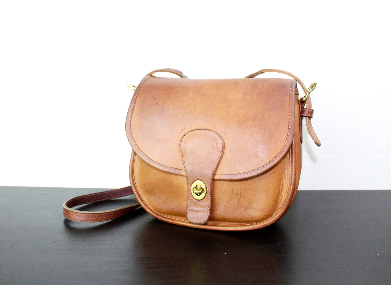 a393a0e81367 Vintage Coach Saddle Bag Pouch Shoulder Purse
