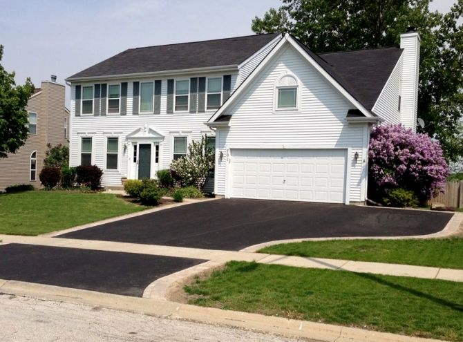 Asphalt Driveway With Extra Parking Space Asphalt