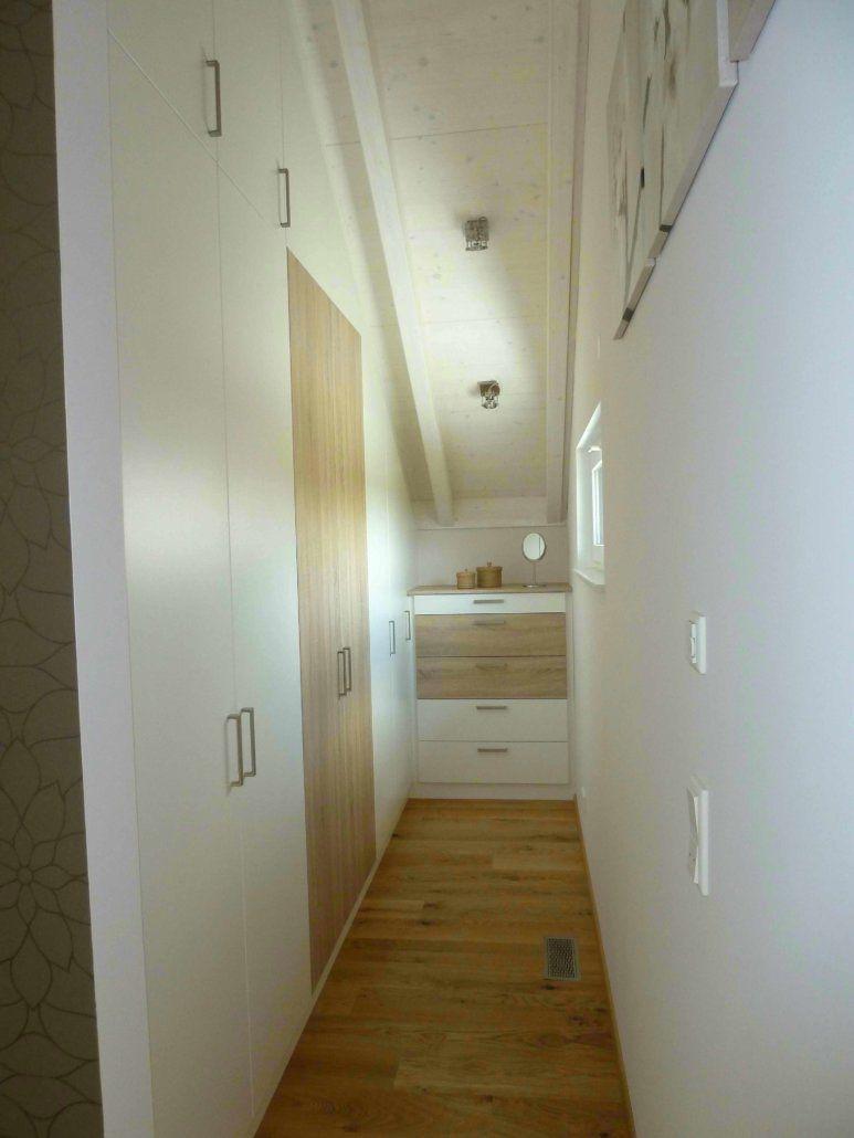 Ankleidezimmer mit fenster ideen  Innenausbau Fluhr, Innenausbau Haus, Innenausbau Ideen ...