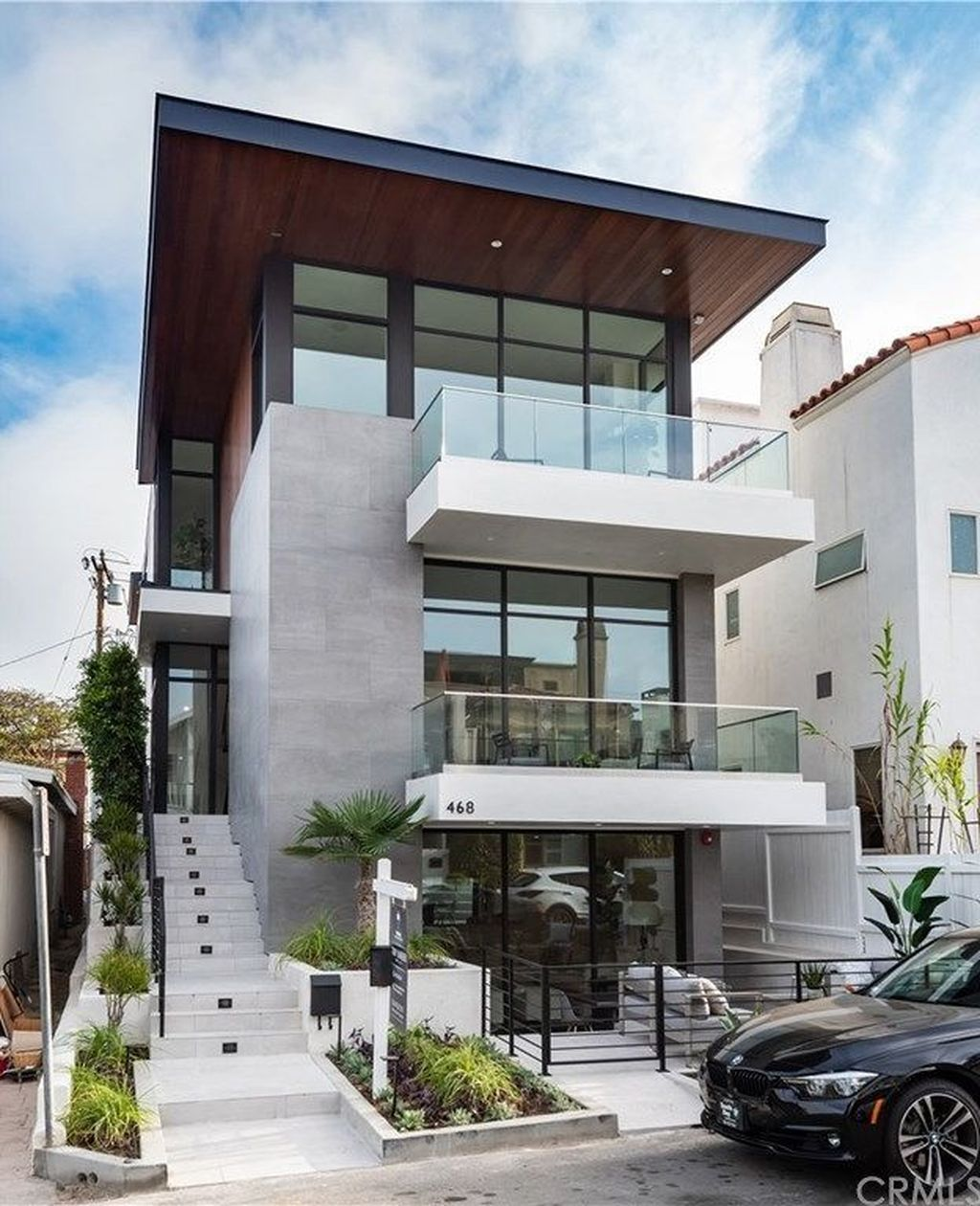 36 Trendy Contemporary Townhouse Design Ideas That Make Your Place Look Cool Townhouse Designs Fancy Houses Narrow House Designs