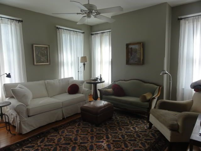 99 Beautiful White And Grey Living Room Interior: Benjamin Moore Sandy Hook Gray