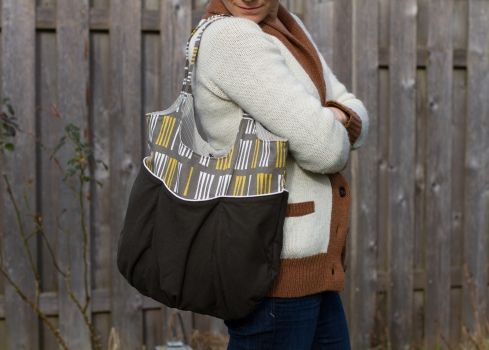 go anywhere bag with jessica jones fabric (pattern by noodlehead)