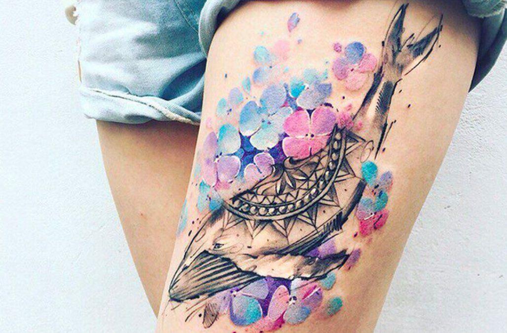 Women Jaw Tattoo: Gorgeous New Tattoo Trend Will Make Your Jaw Drop