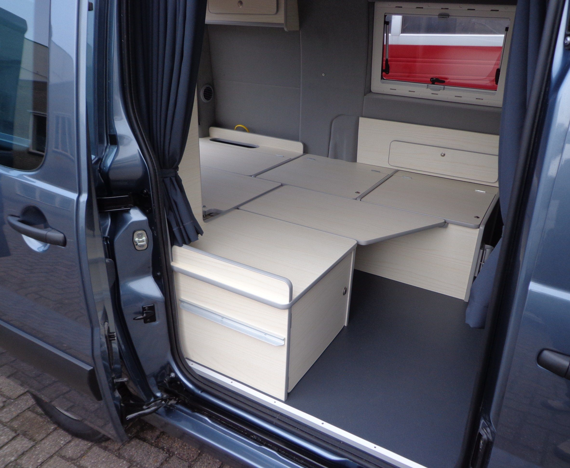 peugeot expert carlo camperbouw opel combo camper. Black Bedroom Furniture Sets. Home Design Ideas