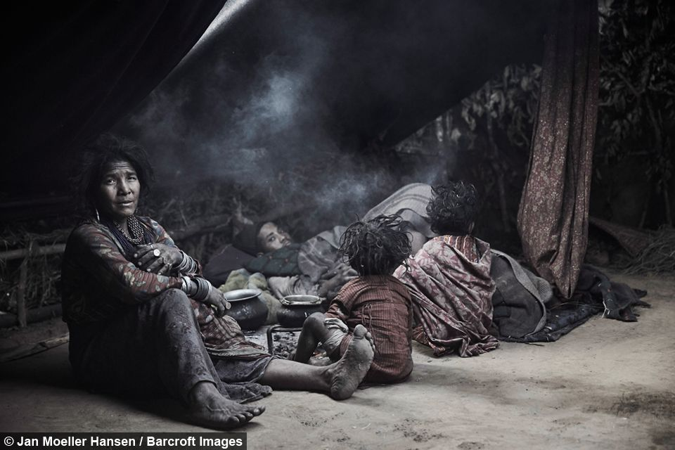 Secluded nomadic tribe cling to ancestral traditions