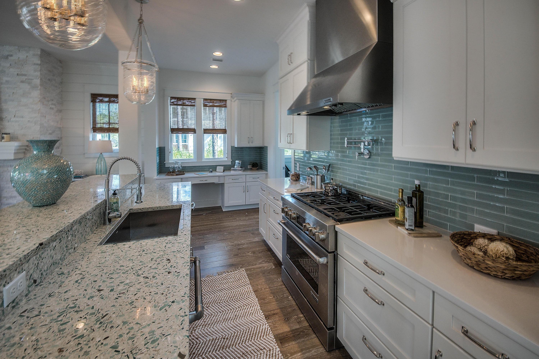 Florida cottage   Estilo costero, Diseño exterior y Decoracion salones