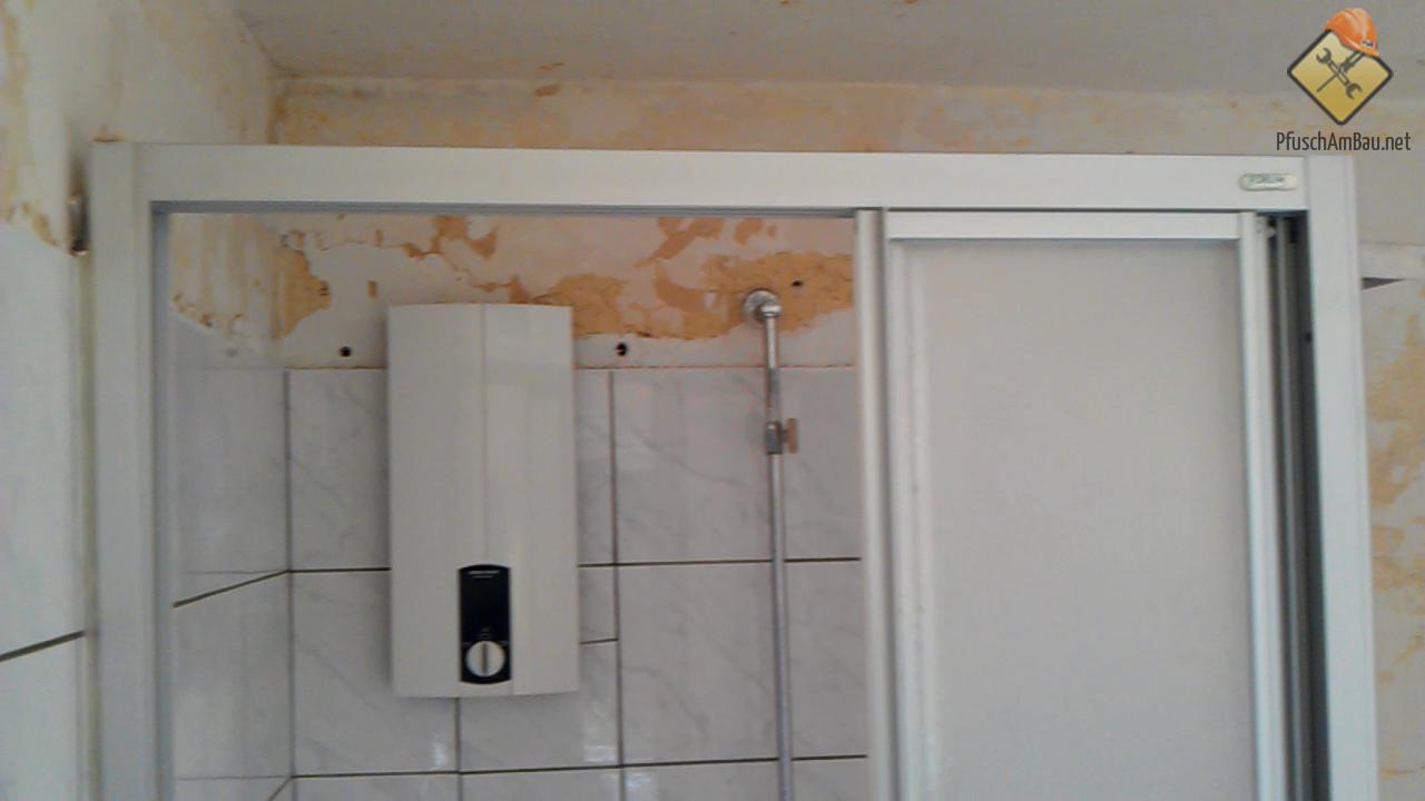Durchlauferhitzer innerhalb der Dusche Durchlauferhitzer