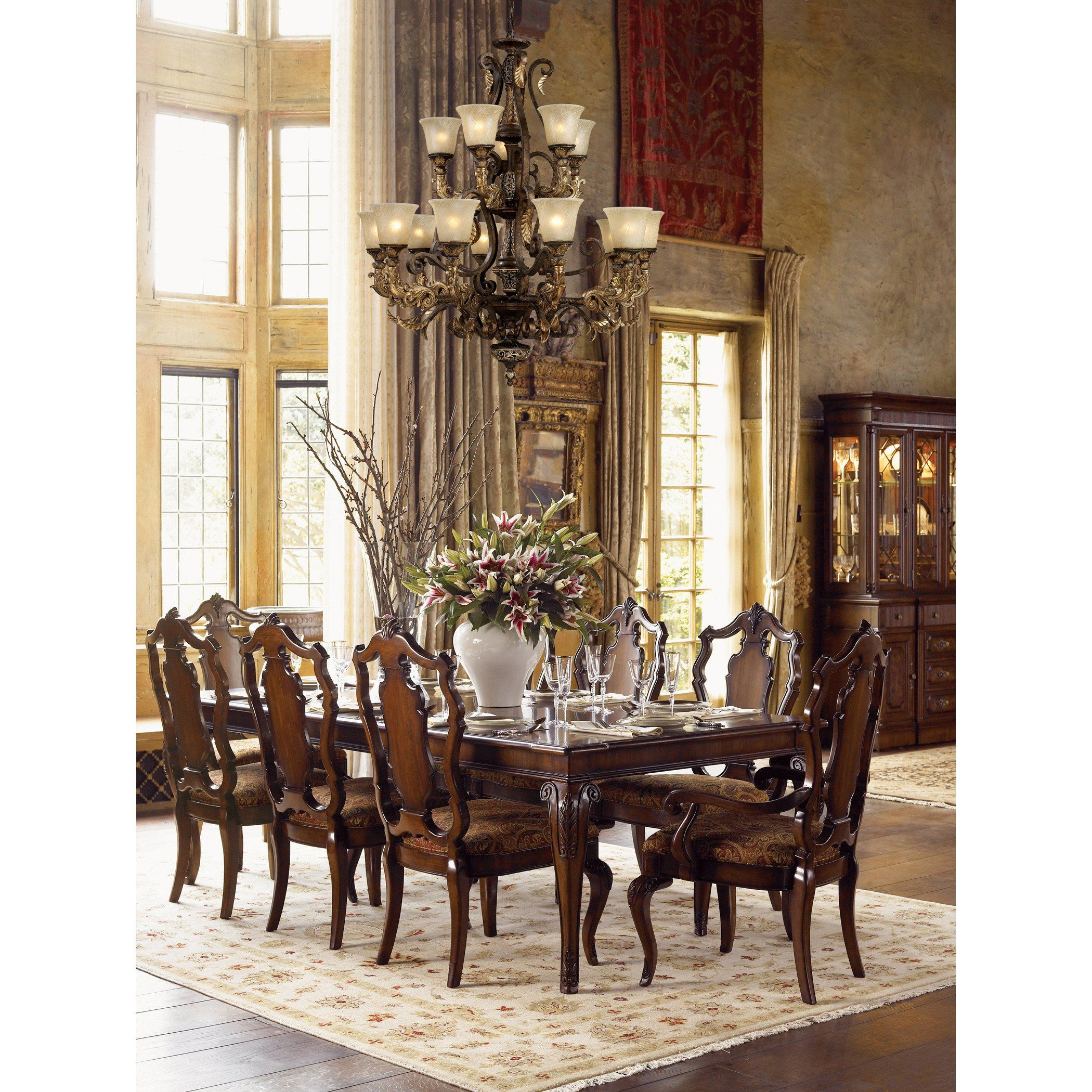 32 Stylish Dining Room Ideas To Impress Your Dinner Guests: Regency Creates A Rich And Regal Ambiance. The Solid Cast