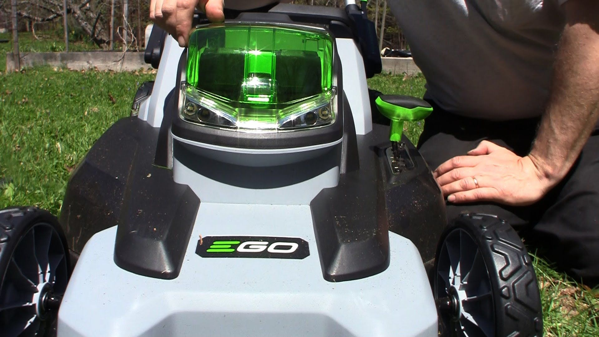 Cordless Lawn Mower That Works GardenFork TV Sponsored Video
