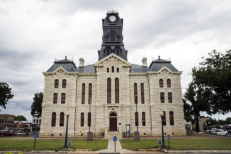 Hood County Courthouse Granbury Texas With Images House