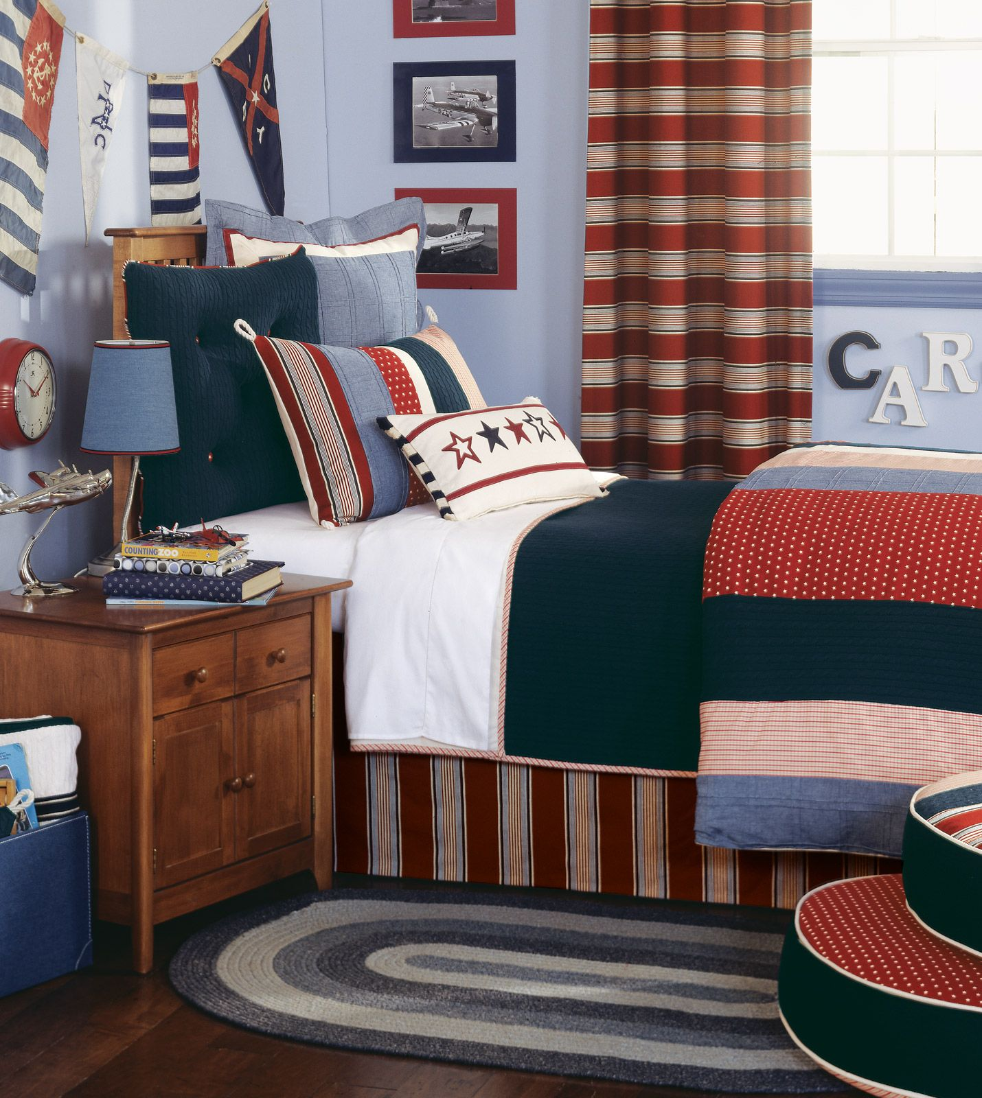 A Great Bed Set For Boys Or Girls Stylish Bedroom Design