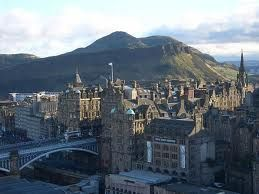 edinburgh-looking onto the old town with Arthur's Seat in the background