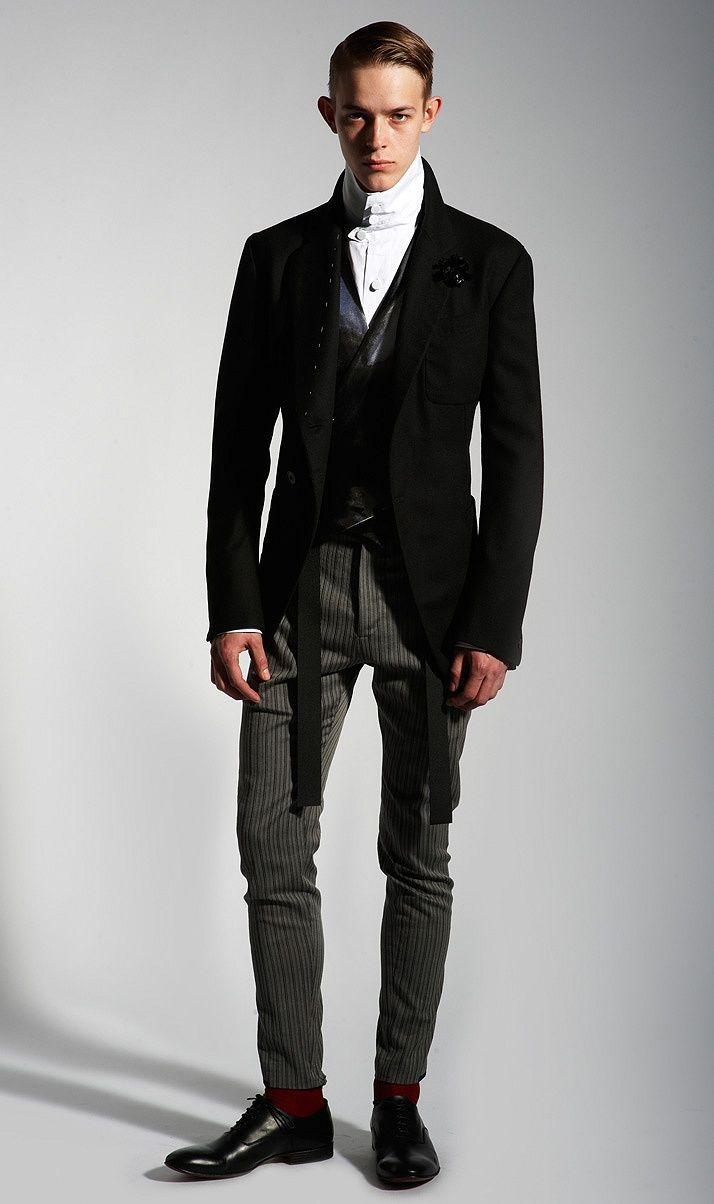 Homme Times :: Alexander McQueen's Men's Spring 2011