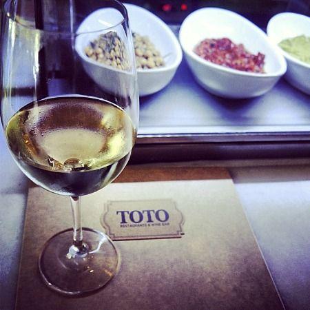 #wine #toto #totobarcelona #appetizer #afterwork #barcelona