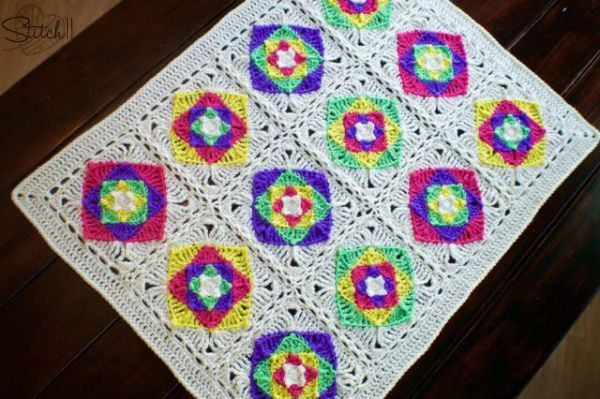 optical illusion baby blanket- free crochet pattern on Stitch11 ...