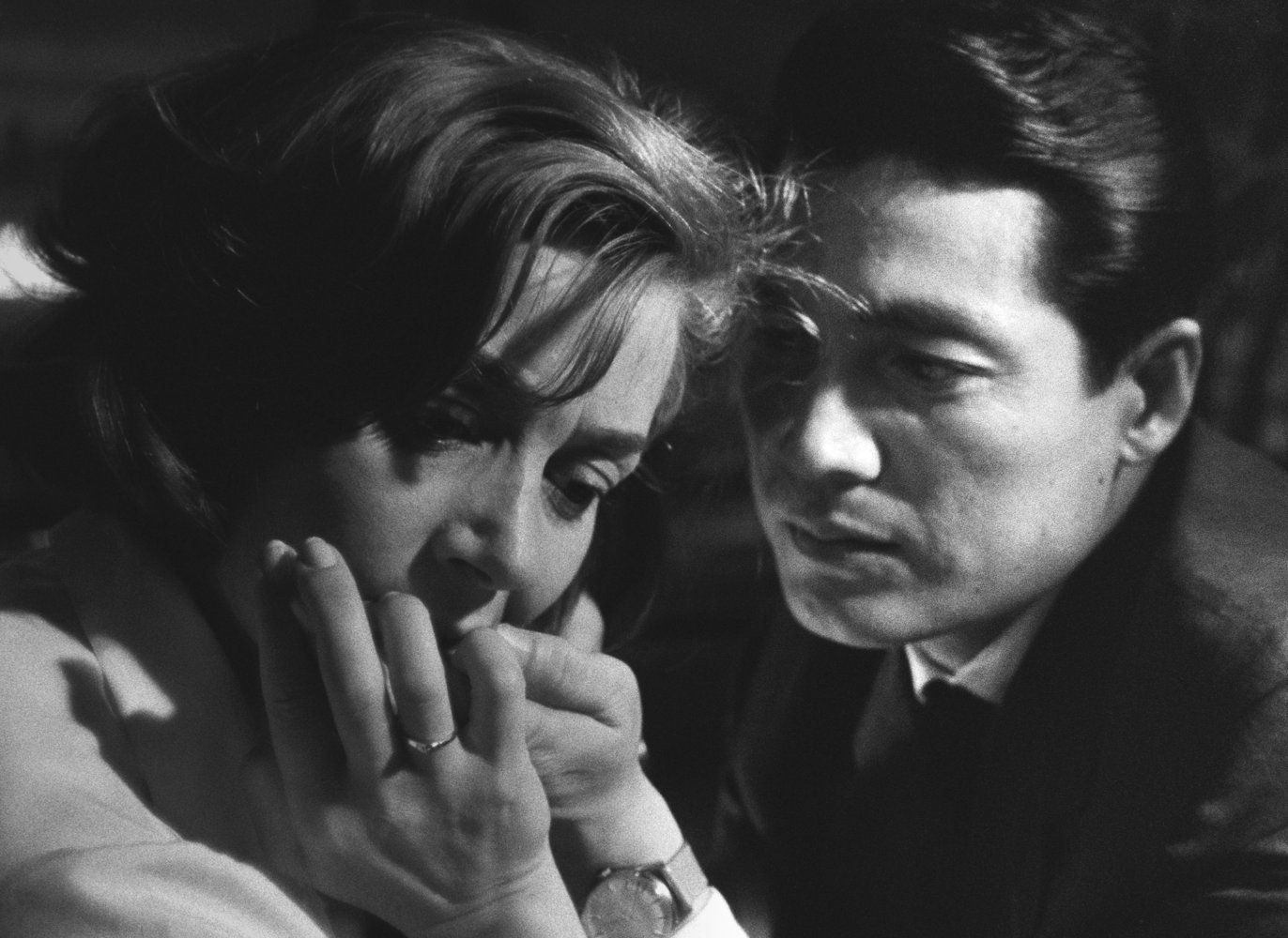 Hiroshima Meu Amor 1959 Photo Gallery Imdb Filmes Cinema Hiroshima