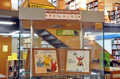 Exposició '25 anys de FAC' a la biblioteca Joan Oliva de Vilanova i la Geltrú