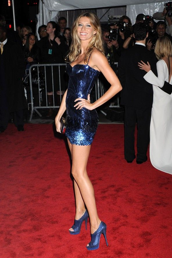 Gisele in blue Badgley Mischka dress