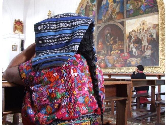 Local woman, Iglesia del Hermano Pedro