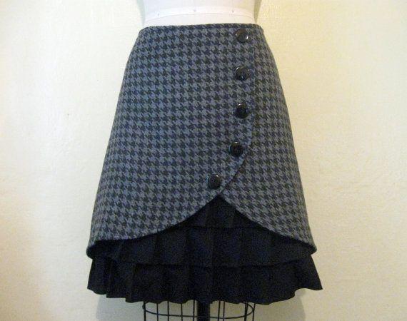 Film Noir ruffle front skirt Sz 8