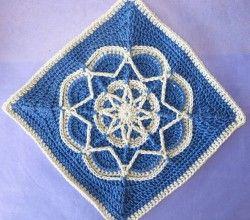 Spiro Star by Helen Shrimpton... Free pattern!