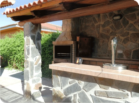Casa rural tobarejos descripci n porches pinterest - Fotos porches rusticos ...