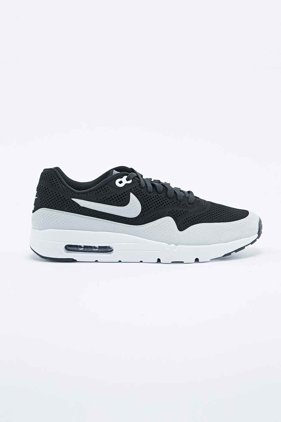 brand new 667e2 b3f60 Nike - Baskets Air Max 1 Ultra Moire noires - Urban Outfitters