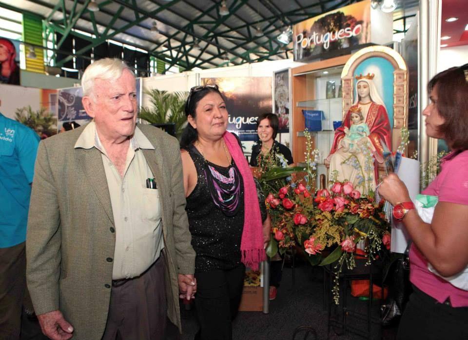 Arquitecto Fruto Vivas disfrutó del stand dispuesto en honor a la Patrona de Venezuela, la Virgen de Coromoto.