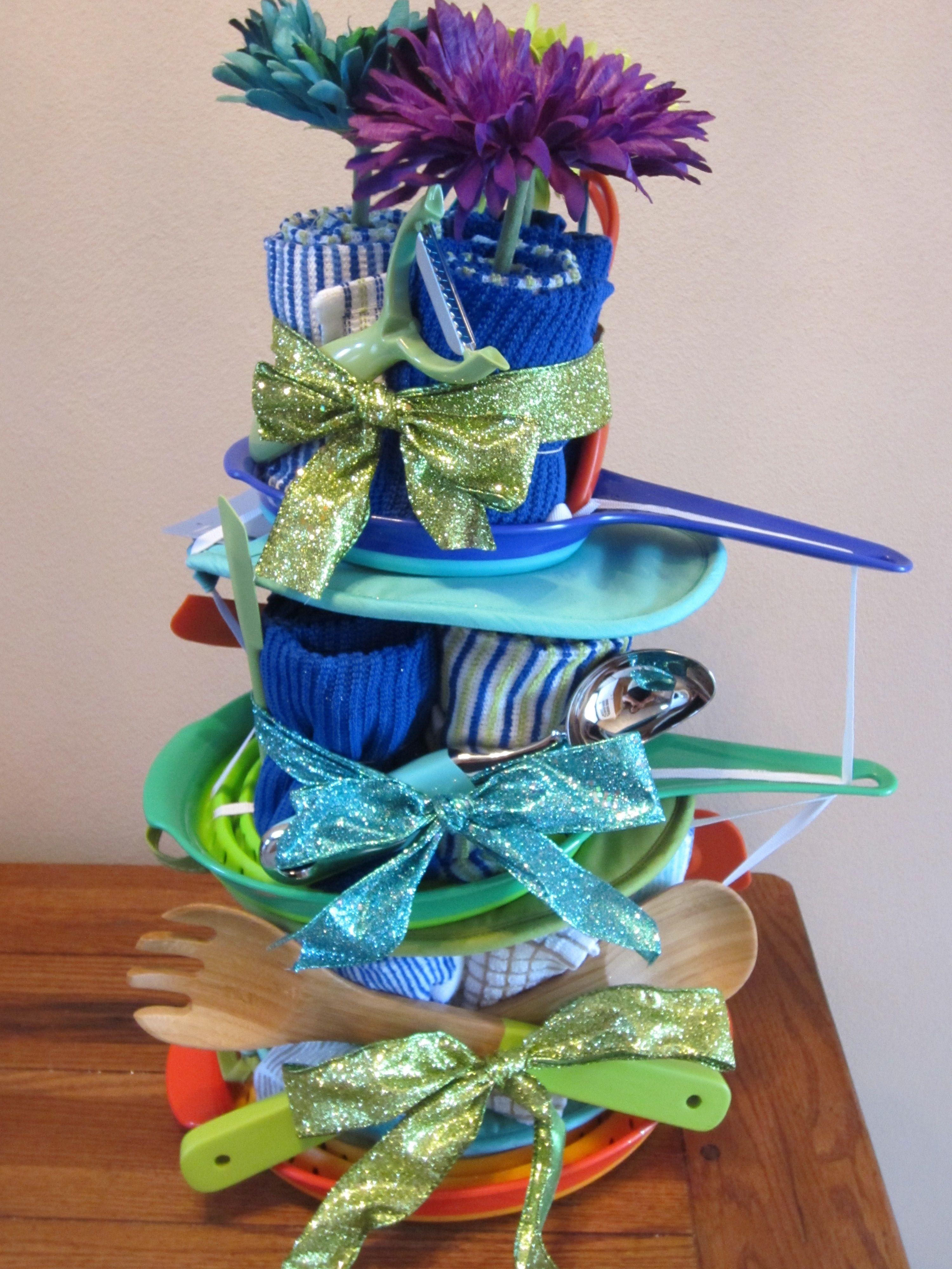towel cake for kitchen shower | Clever Ideas | Pinterest | Towel ...