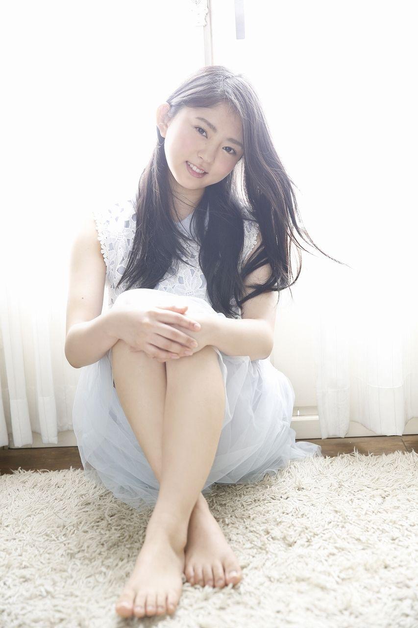 鈴本美愉の笑顔画像