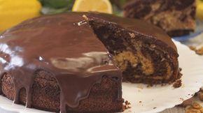 Предлагаю и вам побаловать своих родных прекрасной выпечкой: уверена, что бесподобный внешний вид пирога «Зебра» и его неповторимый вкус ваши родные оценят по достоинству.