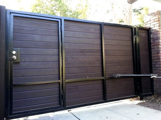 Horizontal Gate With Built In Pedestrian Gate Driveway Gate