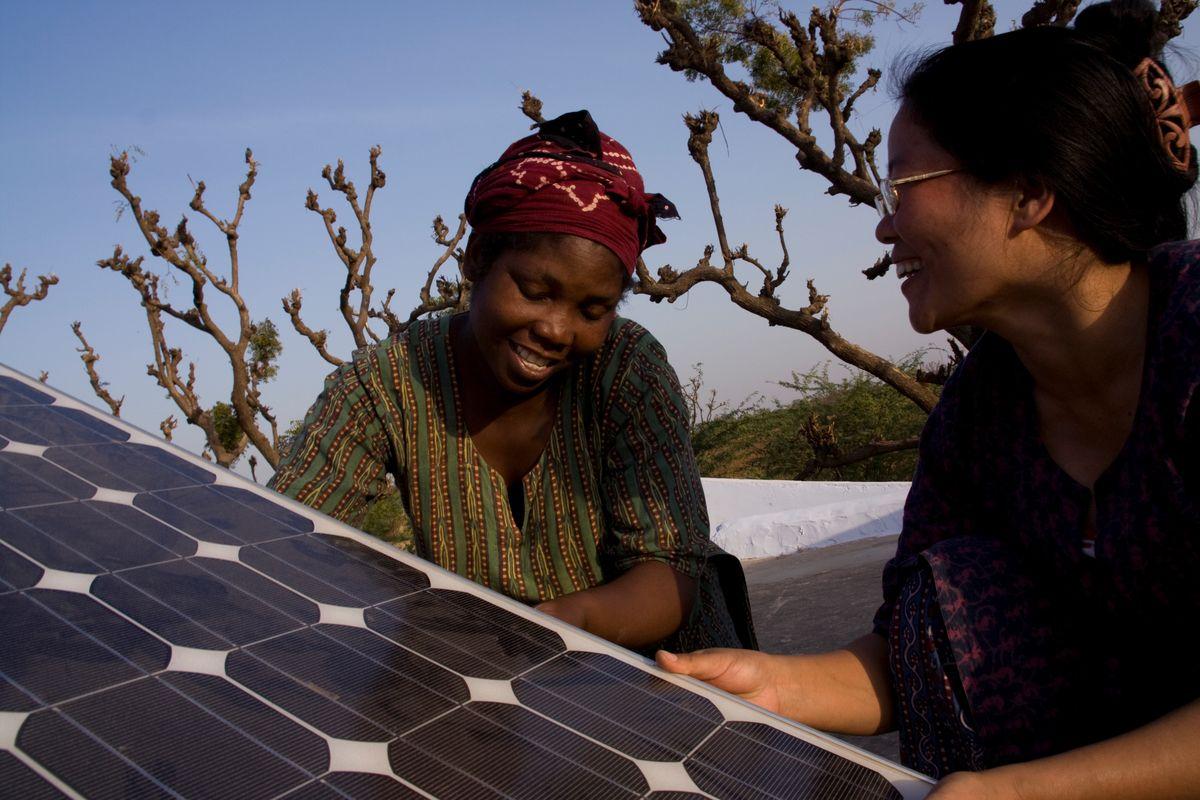 Three Solar Power Projects Where Women Are Taking The Lead Solar Panels Solar Energy Panels Solar