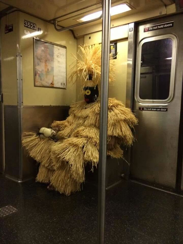 Ghillie Suits Don T Work Well On The Subway Nyc Subway Crazy Outfits Animated Movies Funny
