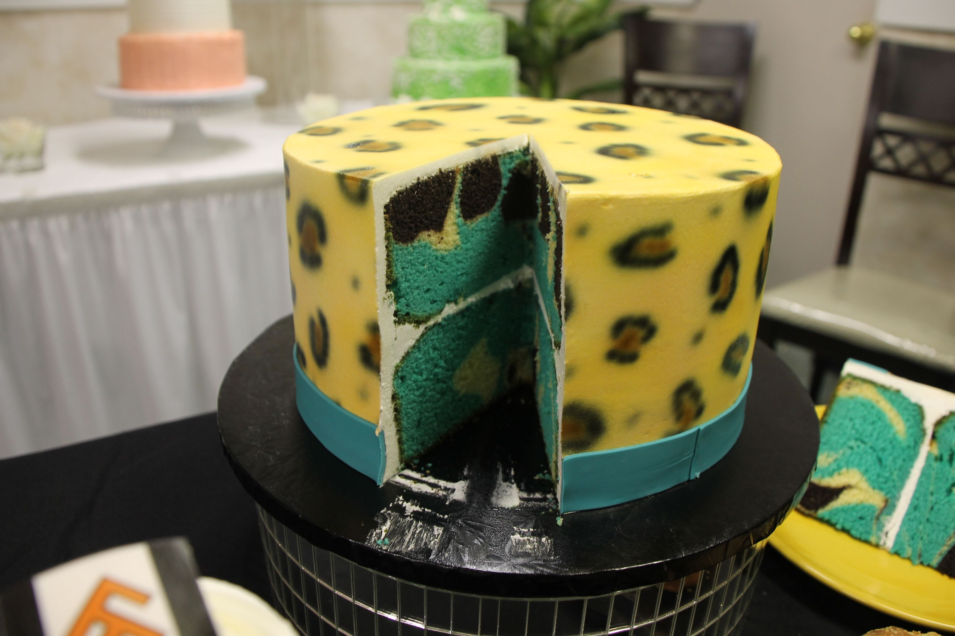 Inside And Out Jags Cake Edgewood Bakery 1012 Ave S Jacksonville Fl 32205 904 389 8054